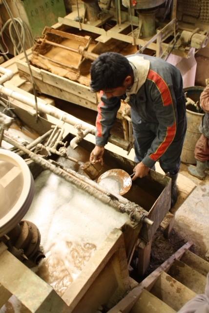 Zo halen de machines zilver uit het gesteente malen zeven wassen zeven wassen foto - Mand een machine huis ter wereld ...