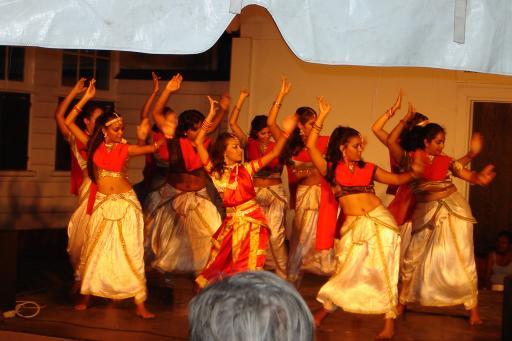Dans | Foto | Coschappen in Suriname