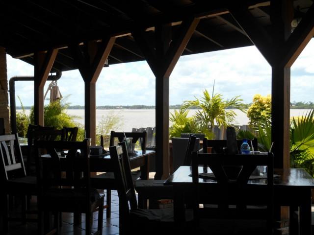 20 oktober 2013 in paramaribo , suriname met een nikon coolpix s3500