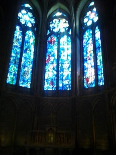 Bijzondere glas in lood kathedraal Reims, gemaakt door Ghagall!
