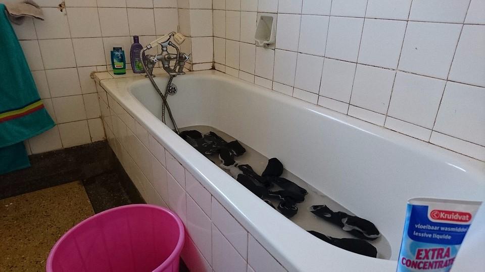 Wasjes doen in bad foto gijs startman s reisblog - Foto in een bad ...